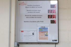 Hermès - Panneau Jours sans Accident - 10 digit 5.7cm