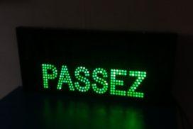 Panneau lumineux message double